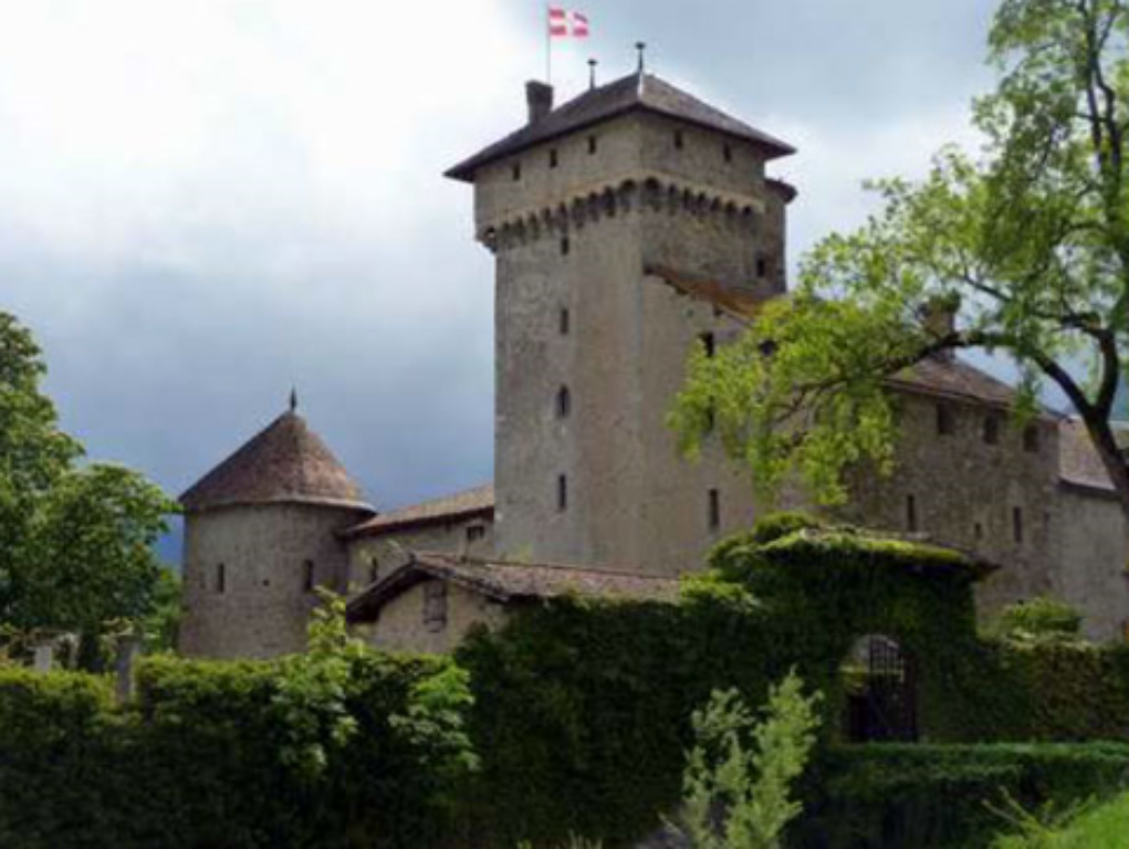 image-7676838-Octobre_Château_dAvully.w640.PNG